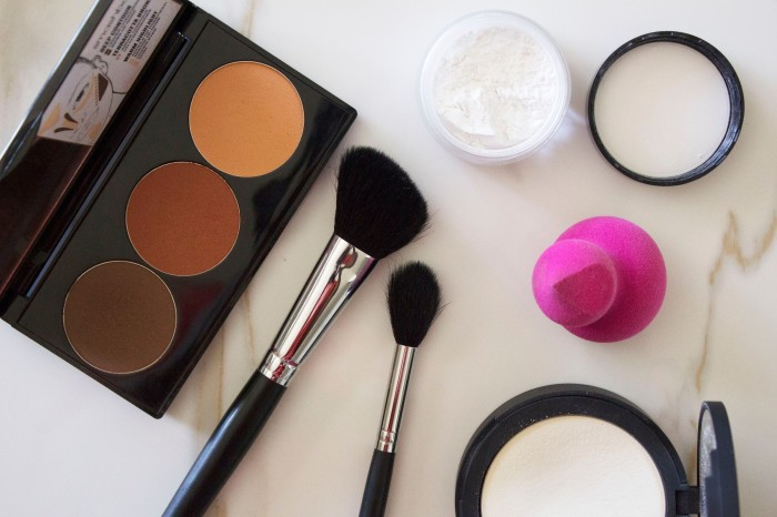 THE (adult) BEGINNERS GUIDE TO MAKEUP 14