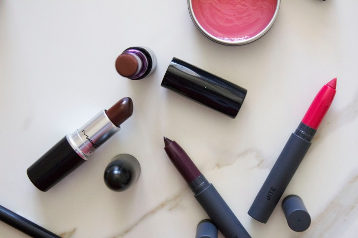 THE (adult) BEGINNERS GUIDE TO MAKEUP 38