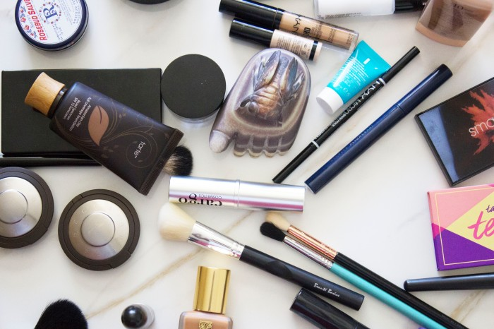 THE (adult) BEGINNERS GUIDE TO MAKEUP 52