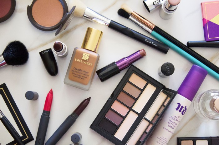 THE (adult) BEGINNERS GUIDE TO MAKEUP 54